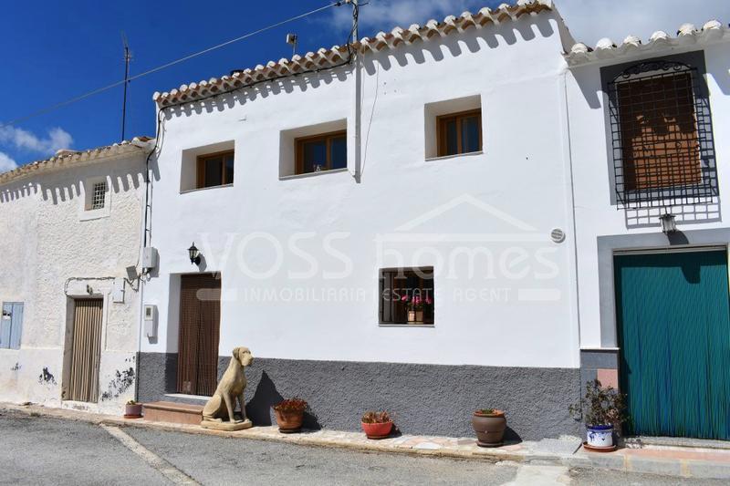 Properties For Sale in Huercal-Overa in Almeria & Puerto